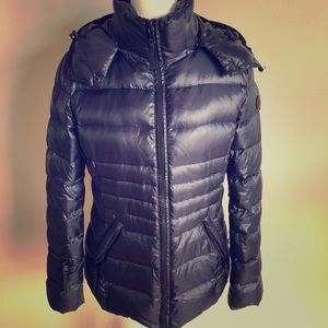 Andrew Marc down navy blue puffer jacket with hood